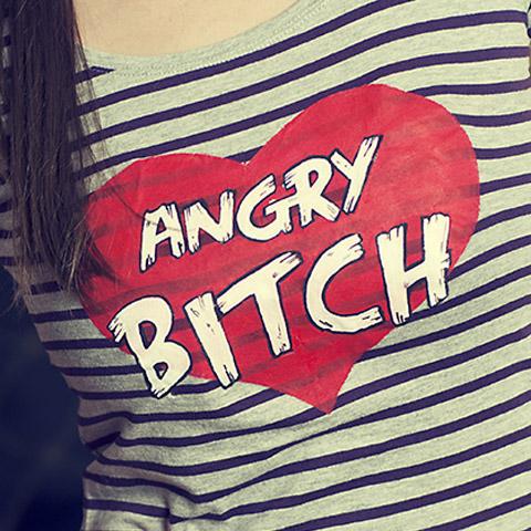 Wzor Angry Bitch na koszulce w paski